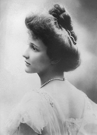 Nancy Aster in 1908