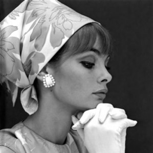 Womens 1960s hairstyles an overview hair and makeup artist headscarf urmus Image collections