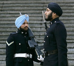 Lance Corporal Sarvjit Singh (left) and Signaller Simranjit Singh - Sikhs in the British Army
