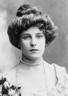 photographs edwardian britain pompadour hairstyle